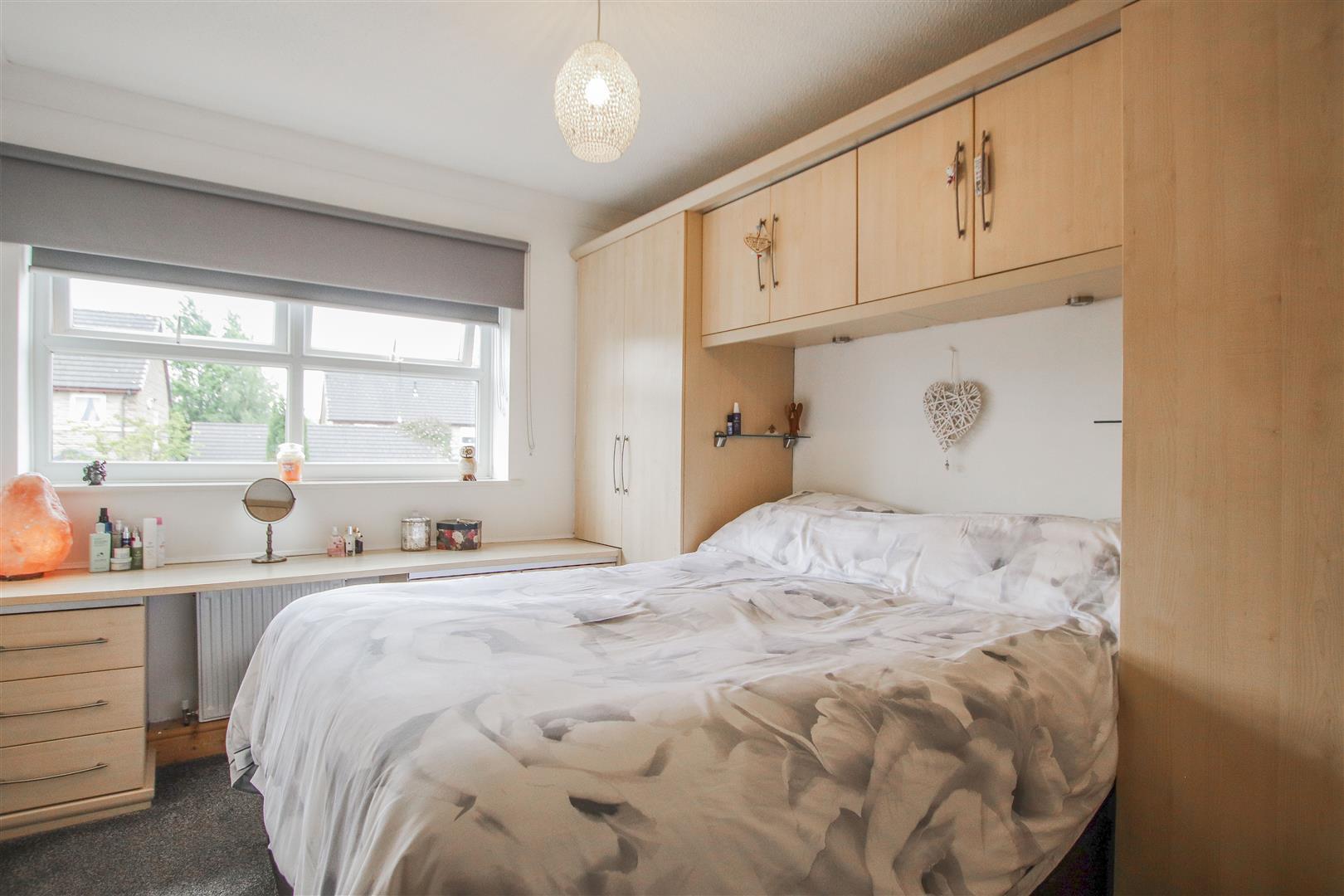 4 Bedroom Detached House For Sale - 11.JPG